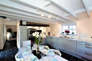 St Awaries Cottage | Kitchen / Dining